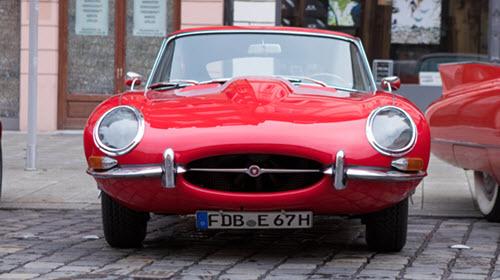 Jaguar E-Type oldtimer car